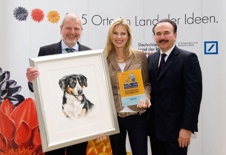 Nina Ruge ist die Botschafterin des Hundes (Foto: Olaf Heil)
